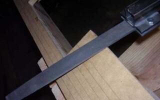Раньше пилил, а теперь режет, или как сделать нож из напильника?